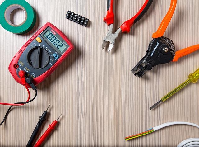 tool-2766835_640